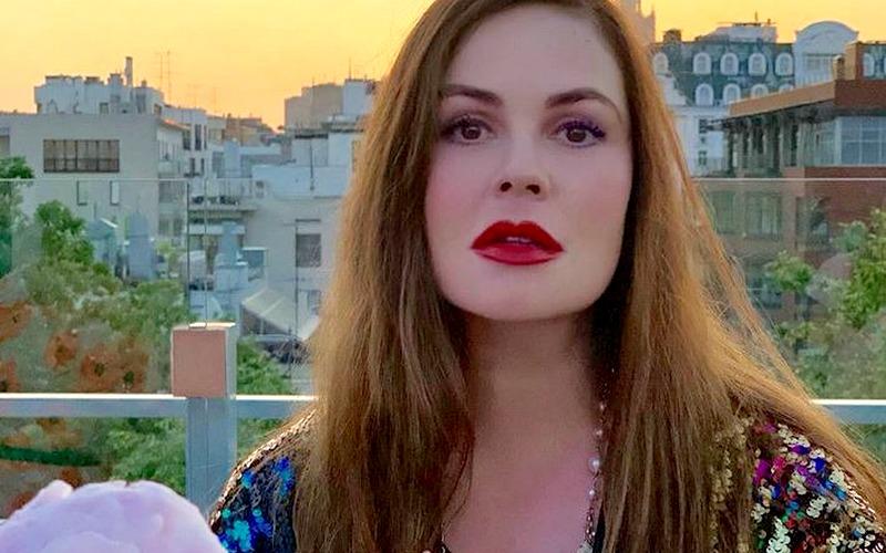 Брянского депутата восхитили женщины-телеведущие