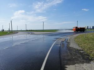 Временное ограничение движения для грузовиков введено в Челябинской и Курганской областях
