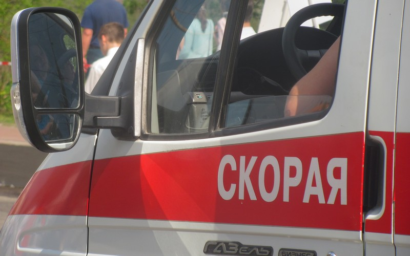 На трассе под Брянском 60-летняя женщина растянулась в автобусе