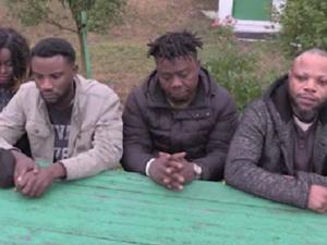 12-летний цыганенок вел четверых чернокожих белорусов в Европу через российско-украинскую границу