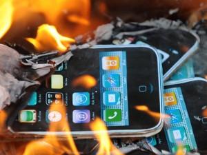 От взрыва сотового телефона погиб 7-летний ребенок в Кургане