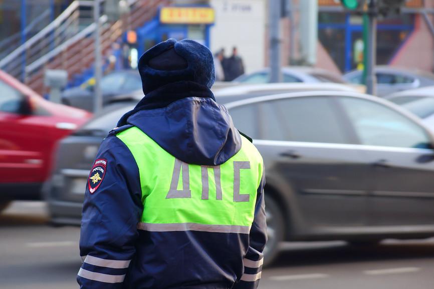 В Брянске на Дуки столкнулись пять легковушек