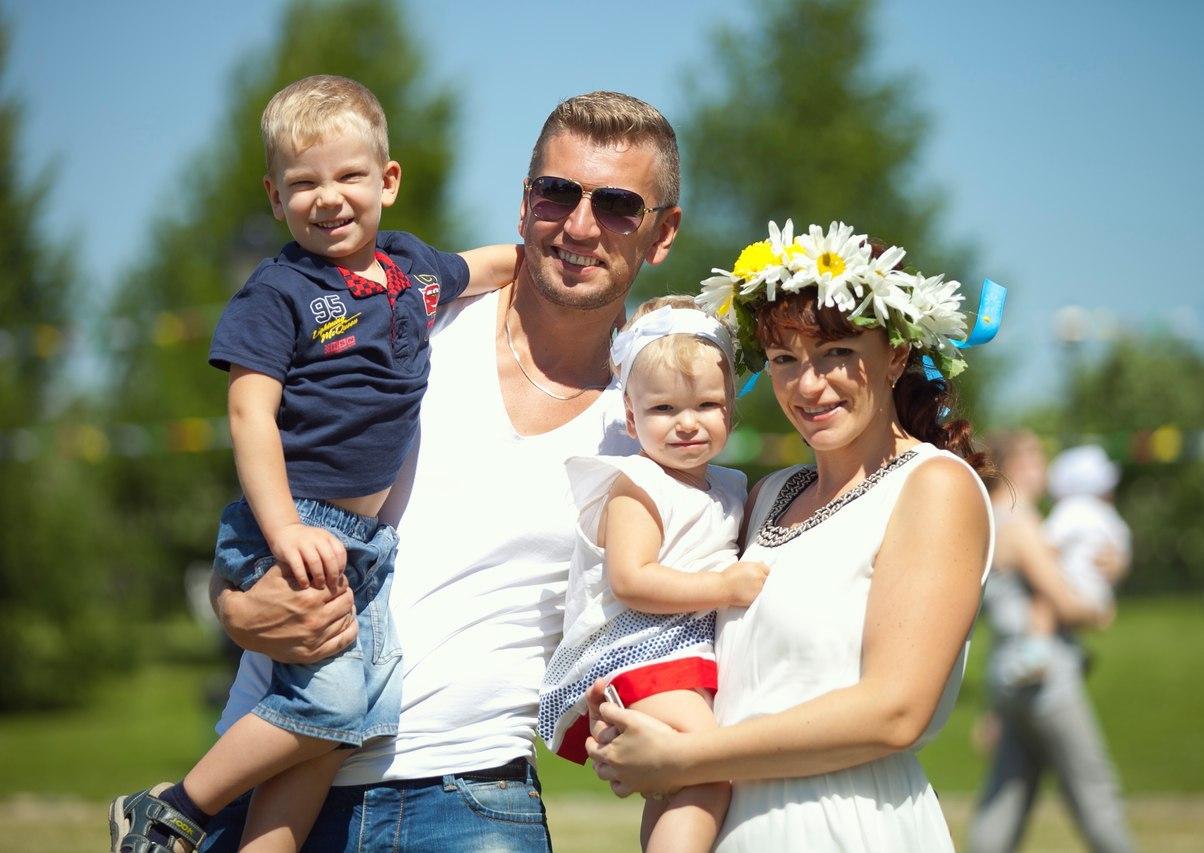 ВБрянске опубликовали праздничную программу, посвященную Дню семьи, любви иверности