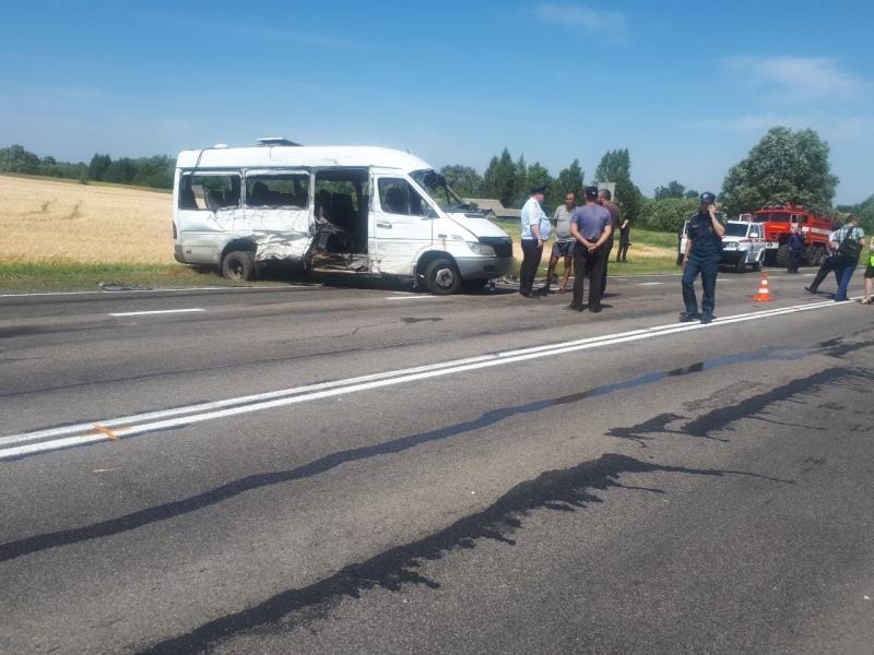 Губернатор Брянской области выразил соболезнования семьям погибших вДТП под Унечей