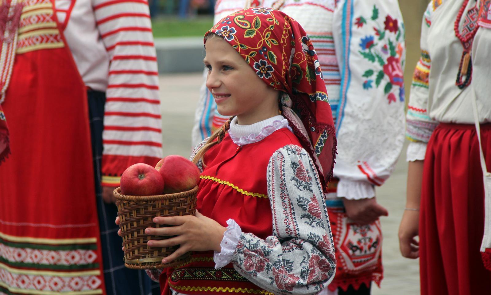 В Брянске прошел фестиваль «Яблочный Спас»