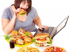 Онищенко назвал причины ожирения у россиян