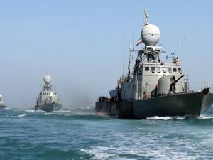 Иран и Россия хотят пригрозить США учениями в Ормузском проливе