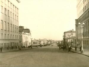 Авторская экскурсия по Челябинску из центра – к центру. Вниз по Кировке – к реке Миасс