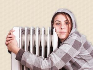 Депутат предложил включать отопление летом, если холодно