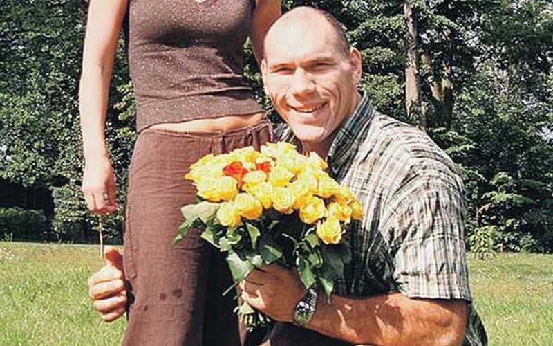 Брянский депутат Валуев признался, что не может жить без цветов