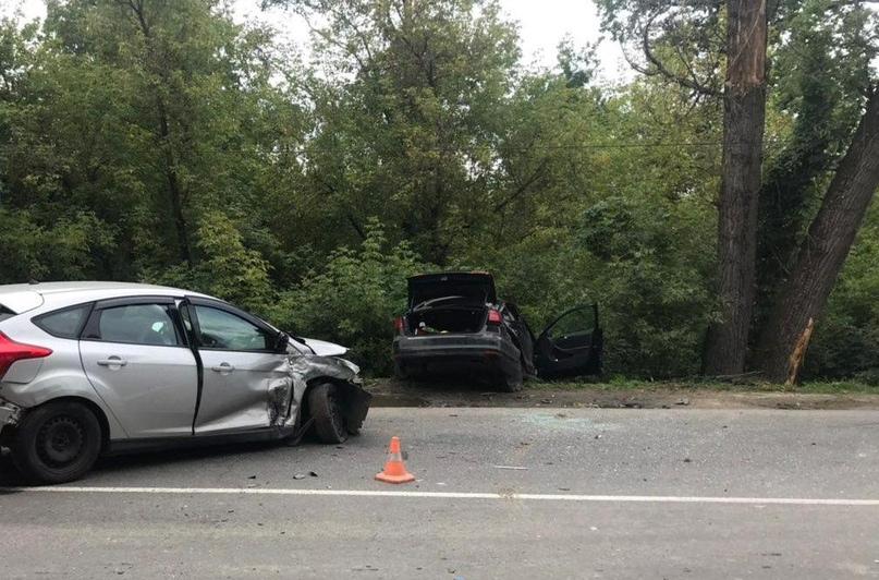 В сегодняшней аварии на Речной пострадали две девушки-пассажирки