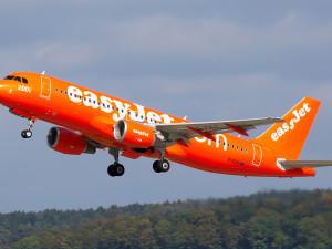 Пилот запаниковал во время полета и вышел из кабины