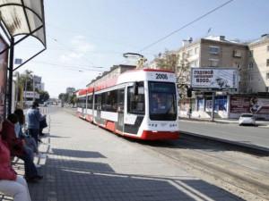Универсальный трамвай сломался в первый же день работы в Челябинске