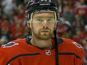 Евгения Кузнецова дисквалифицировали на три игры в НХЛ