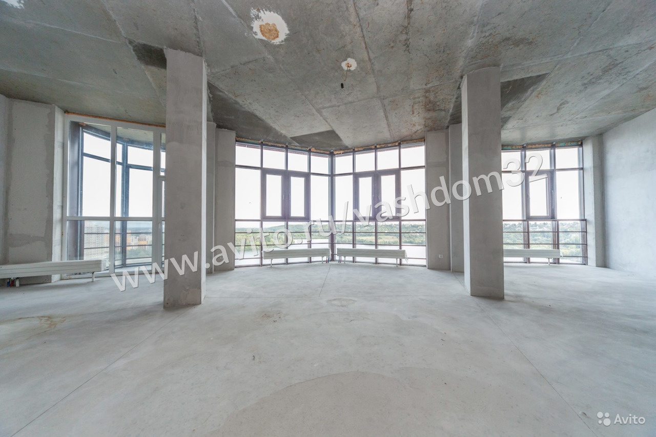 В Брянске выставили на продажу квартиру за 18,9 млн рублей