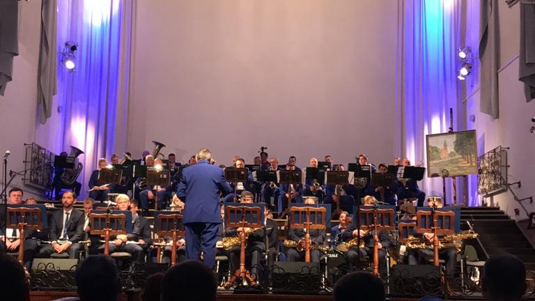 Брянский оркестр в Калининградской области почтил память павших музыкантов