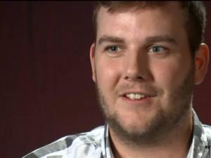Болельщик попросил денег на пиво и насобирал миллион долларов для детской больницы (видео)