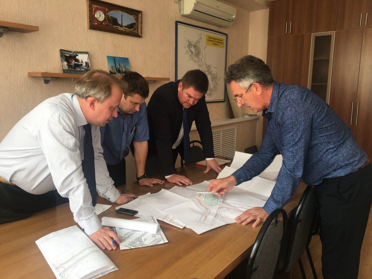 В Брянске обсуждают строительство новой дороги по улице Советской