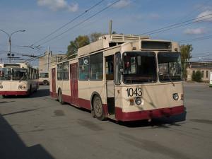 Выделенные полосы для общественного транспорта. Помогут ли они разгрузить дороги Челябинска?
