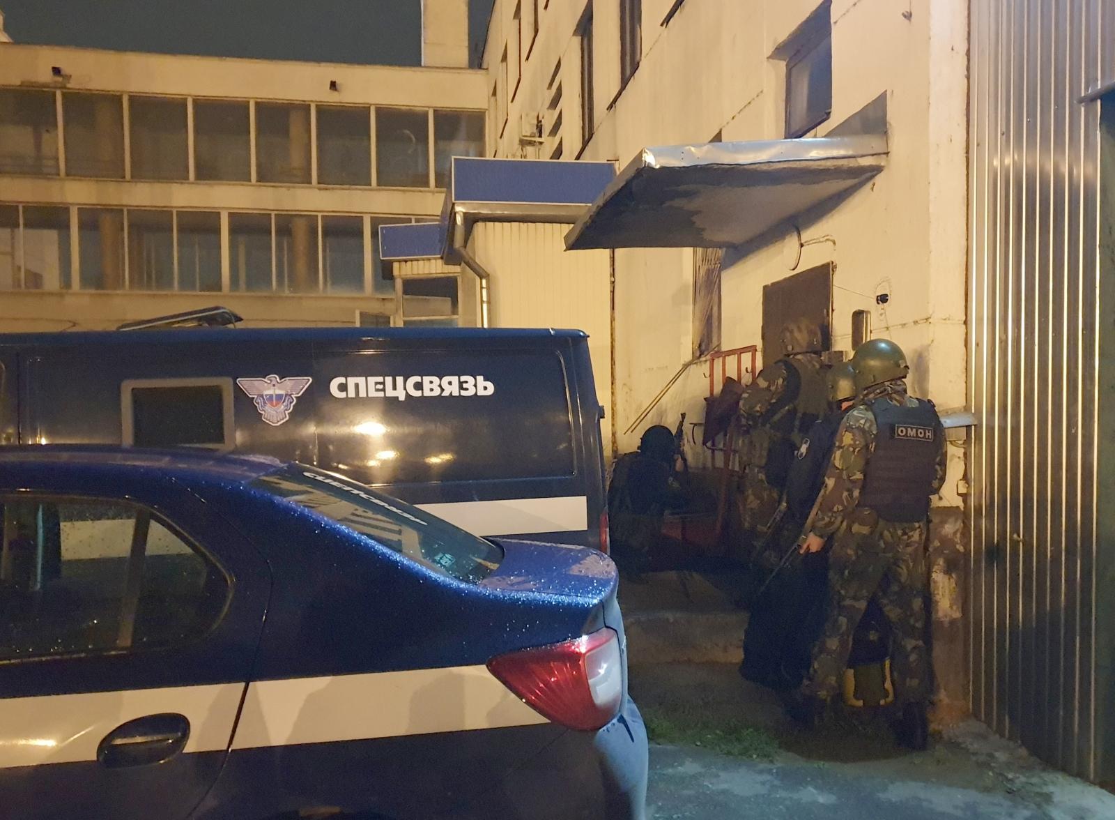 В Брянске водитель спецсвязи мог убить коллег ради квартиры