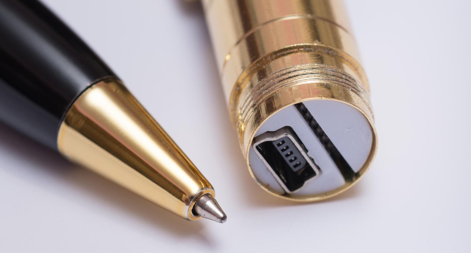 Жителя Брянска будут судить за продажу на Авито «шпионской ручке»