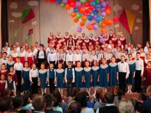 В Тюмени детский хор исполнил песни на стихи челябинского поэта Нины Пикулевой