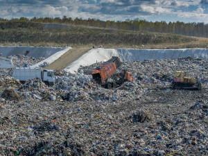 Мусорная свалка в Полетаево грозит отравить единственный питьевой источник Челябинска