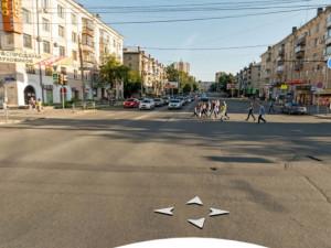 Судьбу светофора на улице Энгельса решат жители Челябинска