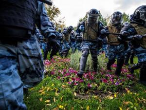 3,4 миллиона рублей за потоптанные цветы отдадут России Навальный и его команда