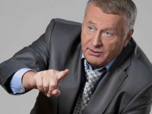 Зачем выкидывать? Жириновский предложил продавать бедным продукты с истекающим сроком годности
