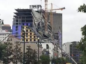 Обрушение отеля попало на видео, есть погибшие и раненые (видео)