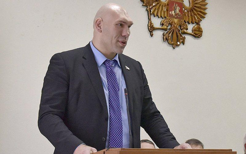 Брянский депутат Валуев ответил на странный вопрос