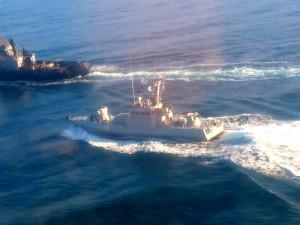 Украина хочет вернуть военные корабли, задержанные в Керченском проливе