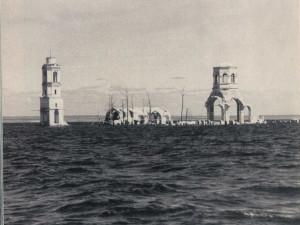Город-утопленник, который иногда «возвращается»: история советской Атлантиды