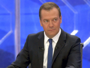 Медведев рассказал, что интернет в России дешевле, чем в развитых странах