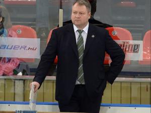 Прощения просит у болельщиков «Трактора» тренер Юрзинов