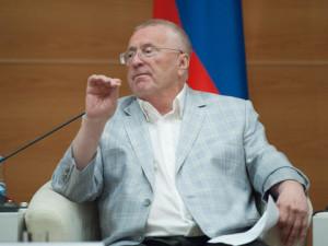 Жириновский: «Мы что, готовимся к войне?»