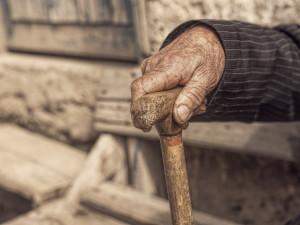 54 старика расселяют из частного дома престарелых. Слишком много нарушений