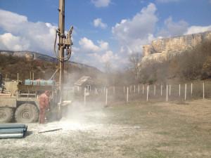 «Из лужи воду никто не черпает»: в Крыму открыли артезианскую скважину