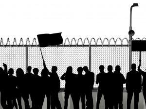 Регионы еще не отменили запреты на проведение митингов у зданий органов власти