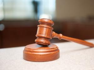 Суд требует подтвердить полномочия прокурора, подписавшего иск Росгвардии к организаторам протестов в Москве