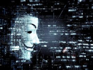 «Le Monde» обвинила российских хакеров во взломе переписки президента Макрона