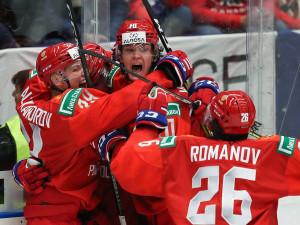 Молодежка России разгромила Канаду со счетом 6:0