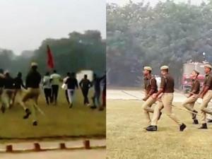 Полицейским в Индии пришлось скакать на учениях на палках вместо лошадей
