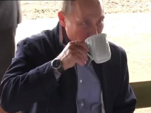Путин рассказал об отказе от чая