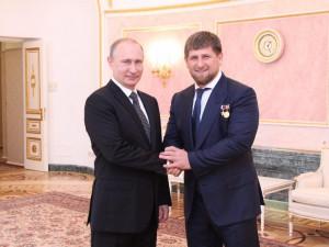 Кадыров стал Героем России заслуженно, считает Путин. Однажды Кадыров признался в любви к Путину
