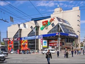 Среди 100 самых уродливых зданий России Варламов назвал два челябинских
