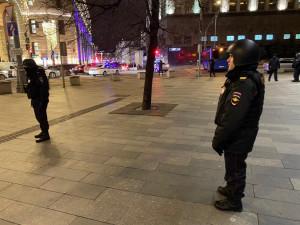 Стреляли в здании ФСБ. Есть погибшие