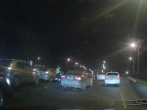 5 машин столкнулись на одном мосту