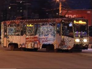 Новогодний сервис. В Челябинске в новогоднюю ночь общественный транспорт ходил до трех часов ночи